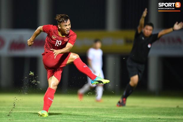 U22 Việt Nam 2-0 CLB Viettel: Hotboy Phố Hiến tỏa sáng - Ảnh 13.