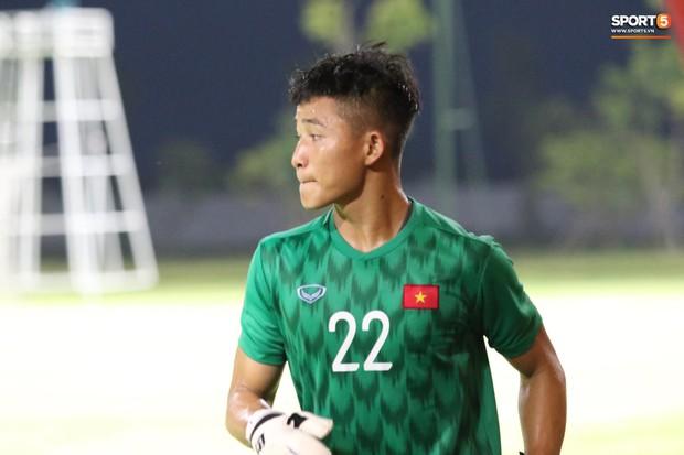 U22 Việt Nam 2-0 CLB Viettel: Hotboy Phố Hiến tỏa sáng - Ảnh 7.