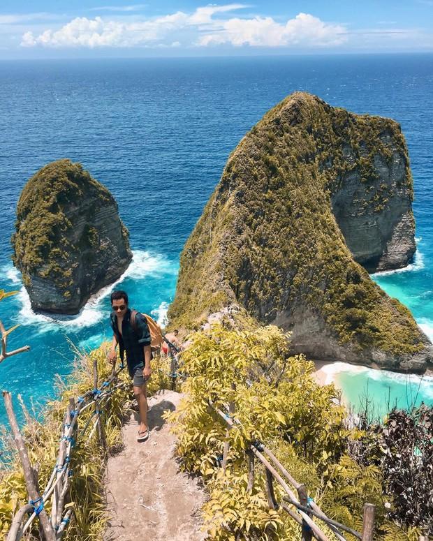 Từ vụ du khách Việt bị sóng cuốn tử nạn ở Indonesia: Bãi biển Kelingking đẹp thứ 2 châu Á nhưng ẩn chứa nhiều hiểm nguy - Ảnh 2.