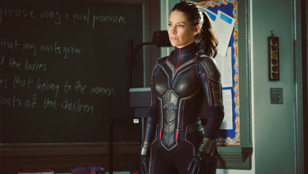 Top 10 bộ đồ vía đầy khả ái và ngây ngất lòng người của vũ trụ điện ảnh Marvel - Ảnh 3.