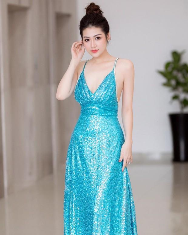 Đã đẹp còn khiêm tốn: Tú Anh diện váy quá lộng lẫy, nhưng cô lại nhận mình là phiên bản lỗi của nhân vật ai cũng biết - Ảnh 5.
