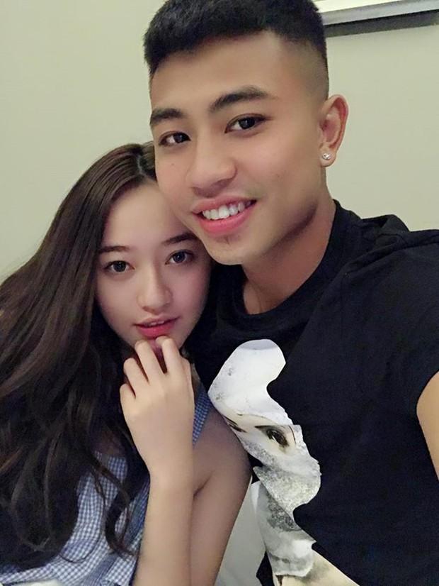 Sao U23 Việt Nam khéo nịnh bạn gái Hoa khôi, lại nhận được câu trả lời phũ phàng khiến fan đứng hình mất vài giây - Ảnh 4.