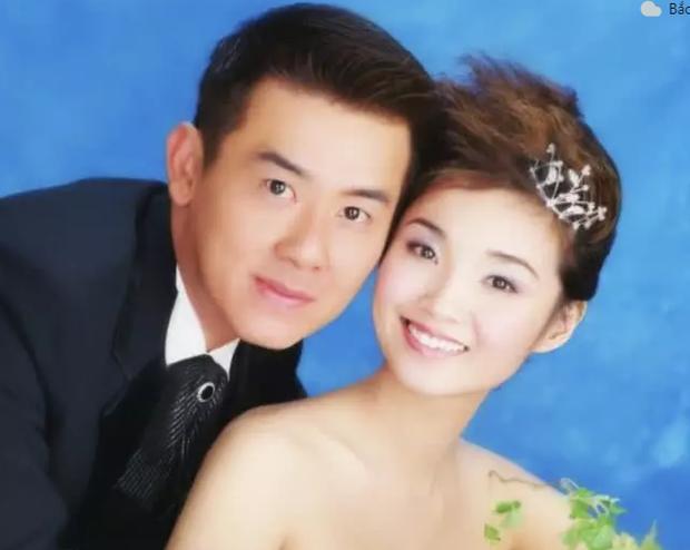 Mỹ nhân khiến Trương Trí Lâm say đắm 1 thời: Hạnh phúc với hôn nhân 16 năm không hôn thú, chụp cùng con trai như 2 chị em - Ảnh 4.