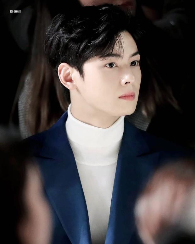 Top 3 sao nam được đàn ông Hàn chọn làm hình mẫu dao kéo: Park Bo Gum đẹp trai thế mà còn phải thua tài tử kém nổi - Ảnh 11.