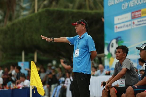 HLV Khánh Hoà bị cấm hành nghề 2 năm vì dàn xếp tỷ số, sốc hơn khi 14 năm trước là trọng tài nhận hối lộ ở V.League - Ảnh 1.