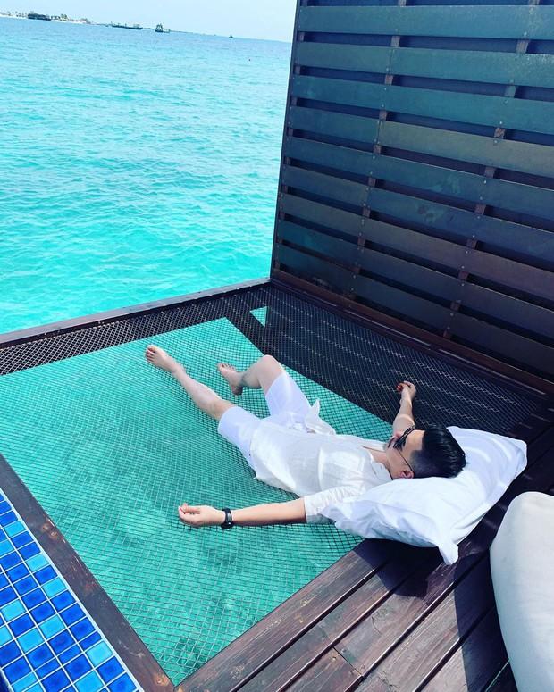 Góc ngược đời: Ngày xưa thì tranh nhau ở resort 5 sao nhưng giờ ai đi Maldives cũng đòi... ra giữa biển ngủ!  - Ảnh 21.