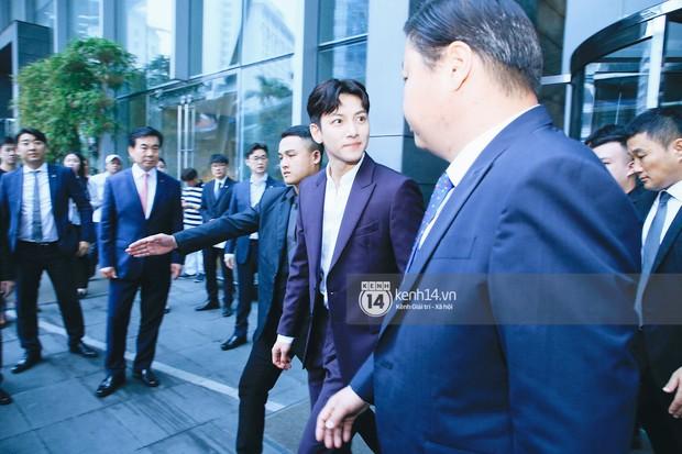 Độc quyền: Tài tử Ji Chang Wook diện vest điển trai như tổng tài, khí chất ngút ngàn tại khách sạn trước sự kiện ở Hà Nội - Ảnh 8.