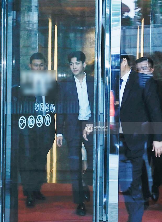 Độc quyền: Tài tử Ji Chang Wook diện vest điển trai như tổng tài, khí chất ngút ngàn tại khách sạn trước sự kiện ở Hà Nội - Ảnh 2.
