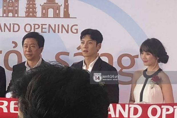 Độc quyền sự kiện hot nhất tại Hà Nội: Ji Chang Wook và Suju ăn diện bảnh bao, Hari Won và em chồng Hà Tăng cũng có mặt - Ảnh 5.