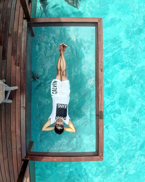 Góc ngược đời: Ngày xưa thì tranh nhau ở resort 5 sao nhưng giờ ai đi Maldives cũng đòi... ra giữa biển ngủ!  - Ảnh 19.