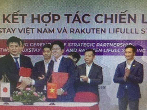 Nghi vấn dàn cá mập là chỗ thân quen với startup vừa nhận được deal 6 triệu USD Luxstay: Lộ hình ảnh Shark Hưng, Shark Việt cùng Shark Dzung trong sự kiện của Luxstay năm ngoái - Ảnh 2.