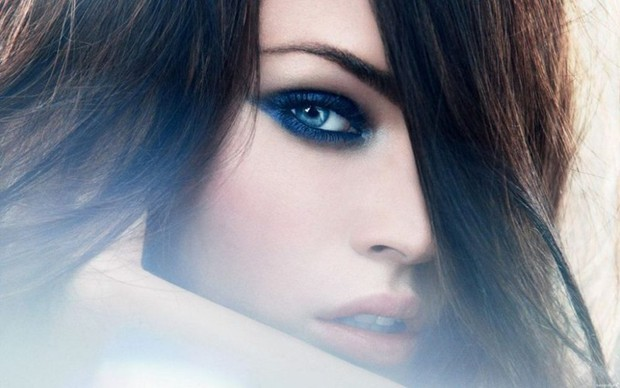 Top 10 phụ nữ nổi tiếng có đôi mắt đẹp nhất thế giới theo Wonderslist - Ảnh 3.