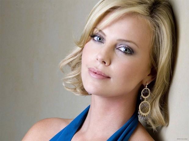 Top 10 phụ nữ nổi tiếng có đôi mắt đẹp nhất thế giới theo Wonderslist - Ảnh 10.