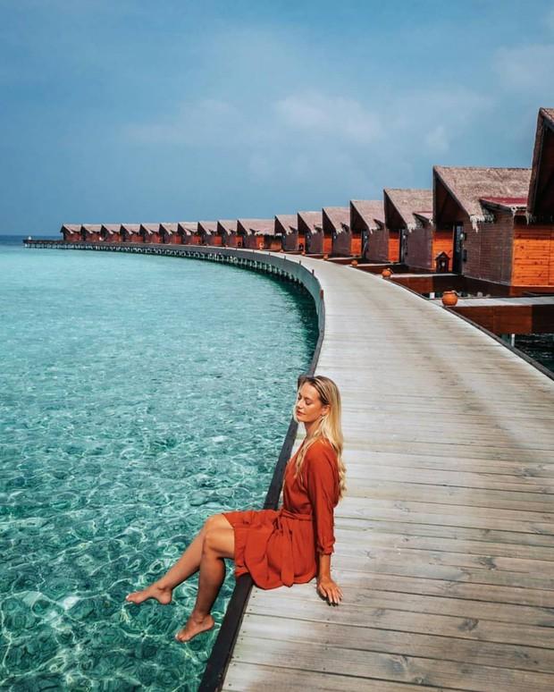 Góc ngược đời: Ngày xưa thì tranh nhau ở resort 5 sao nhưng giờ ai đi Maldives cũng đòi... ra giữa biển ngủ!  - Ảnh 7.