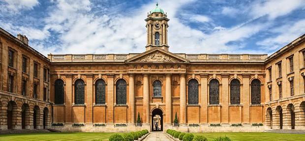 Top 10 trường đại học lâu đời nhất trên thế giới, có nơi từng đào tạo 3 vị Giáo hoàng và 26 Thủ tướng Anh - Ảnh 2.