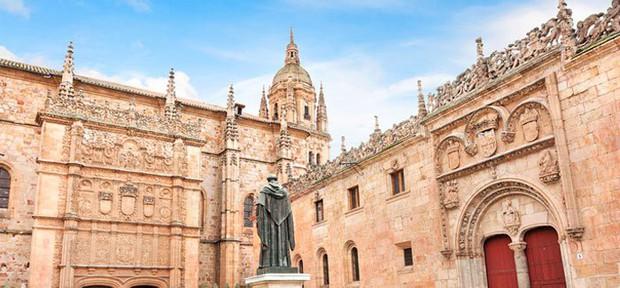 Top 10 trường đại học lâu đời nhất trên thế giới, có nơi từng đào tạo 3 vị Giáo hoàng và 26 Thủ tướng Anh - Ảnh 3.