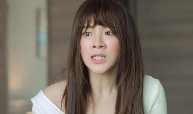 Quá nhập tâm cho vai Nira trong Chiếc Lá Bay, Baifern Pimchanok phải điều trị tâm lý để thoát vai - Ảnh 1.