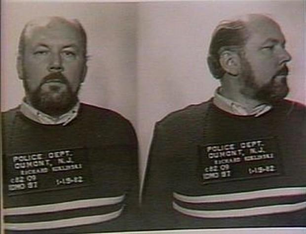 Sự thật rùng mình về tên sát nhân khét tiếng nhất thế kỷ 20, từng giết hơn 200 người và có sở thích đóng băng nạn nhân để xóa dấu vết - Ảnh 6.