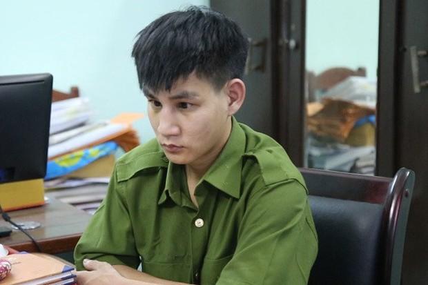 Thanh niên mặc quân phục lẻn vào trụ sở Công an TP Đà Nẵng trộm cắp - Ảnh 2.