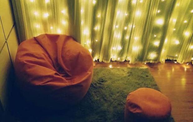 Hụt hẫng khi thấy phòng trọ lộn xộn như ổ chuột, nữ sinh 18 tuổi cải tạo thành không gian sống ấm áp xinh đẹp - Ảnh 4.
