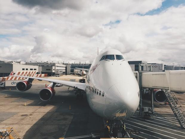 """Góc """"vô lý nhưng rất thuyết phục"""": Đây là những lý do khiến cho máy bay thường được sơn màu trắng - Ảnh 1."""