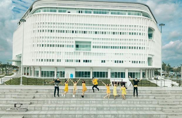 Nhà văn hoá sinh viên: Một địa điểm sống ảo vừa mới lộ diện của Khu Đô thị ĐH Quốc gia TP.HCM - Ảnh 1.
