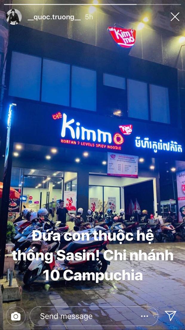 Không chỉ có tới 100 chi nhánh ở Việt Nam, Quốc Trường (Về nhà đi con) còn có cả quán mì cay ở Campuchia này - Ảnh 1.