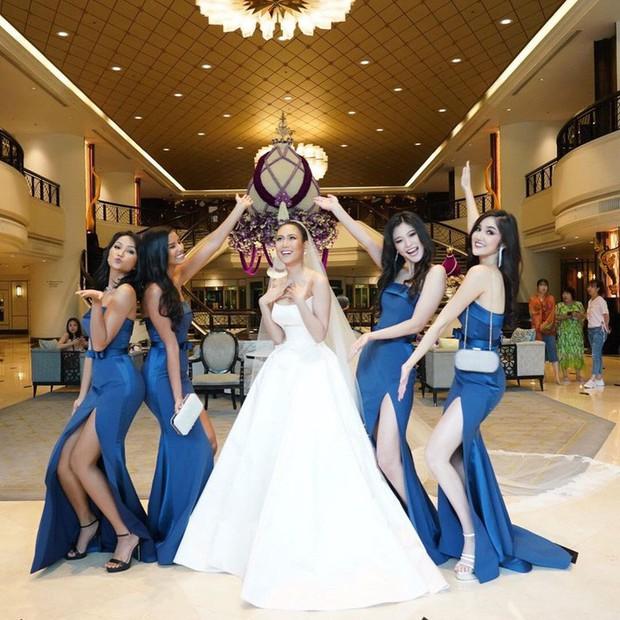 HHen Niê tái sử dụng đôi hài Lọ lem 120 triệu trong đám cưới Hoa hậu Thái Lan - Ảnh 1.