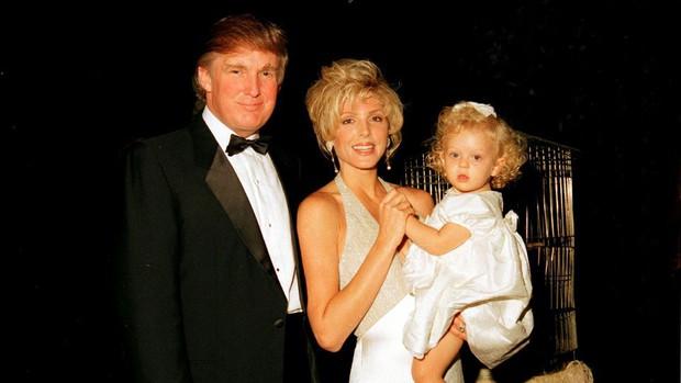 """Dư luận ngỡ ngàng với nhan sắc của mẹ Tiffany Trump, khác con gái """"phì nhiêu"""" một trời một vực với vẻ ngoài trẻ như gái đôi mươi - Ảnh 3."""