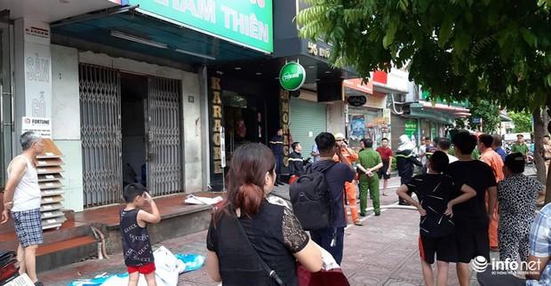 Hà Nội: Cháy quán karaoke 7 tầng trên phố Ngô Gia Tự - Ảnh 6.