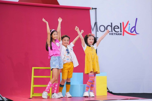 Model Kid: Giám khảo liên tục khó chịu khi thấy thí sinh nhí trang điểm đậm, ăn mặc hở - Ảnh 6.