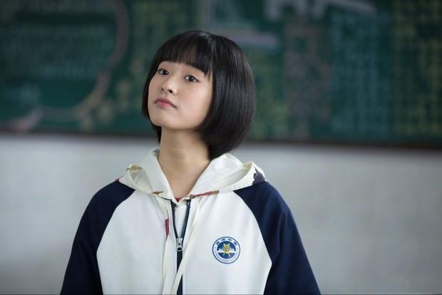 Truyền thông Hongkong chỉ ra 4 người tình màn ảnh: Cá Mực Dương Tử dẫn đầu, người yêu Lộc Hàm bất ngờ out top - Ảnh 6.