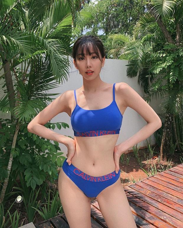 Sao Việt diện bikini: Bích Phương tưởng lép mà có của nả như ai, Min đẹp hút hồn nhưng bất ngờ nhất là Hoàng Thuỳ với nghi án dao kéo vòng 1 - Ảnh 1.