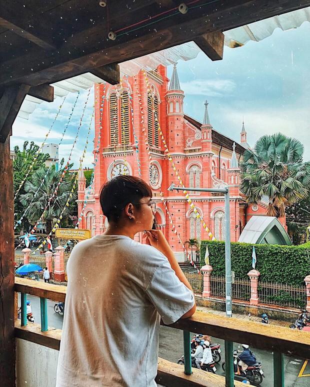 Nhà thờ màu hồng này sắp soán ngôi phố đi bộ và chung cư cà phê để trở thành địa điểm được chụp ảnh nhiều nhất ở Sài Gòn đấy! - Ảnh 32.