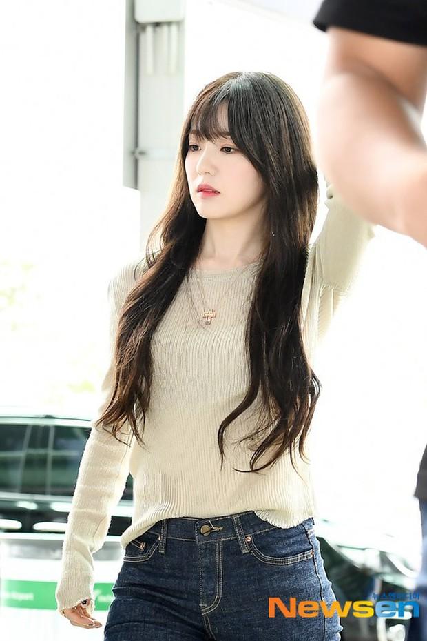 Dàn mỹ nhân hot nhất xứ Hàn đồng loạt đổ bộ sân bay: Tiffany mặt khác lạ, nữ thần Irene và Red Velvet đè bẹp cả TWICE - Ảnh 5.