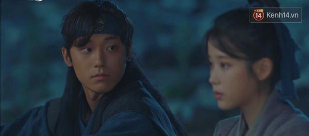 5 lần 7 lượt hiểu nhầm crush, IU nắm ngay cơ hội tỏ tình Yeo Jin Goo ngay tập 6 Hotel Del Luna - Ảnh 8.