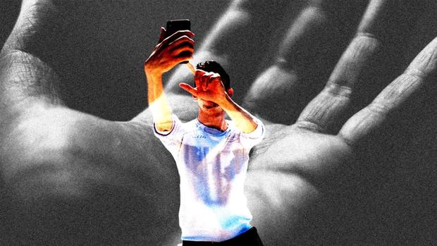 Đăng status trên mạng xã hội tưởng như vô hại, nhưng chúng lại là mỏ vàng cho hacker - Ảnh 1.