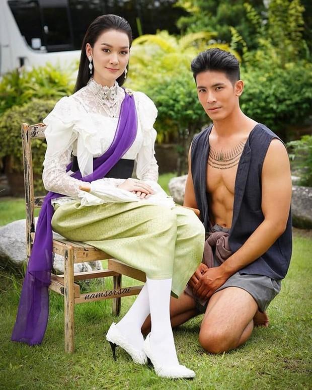 5 phim Thái đổ bộ tháng 8: Rạo rực với các trai đam mỹ, người đẹp chuyển giới Chiếc Lá Bay Baifern sẽ chiếm spotlight? - Ảnh 18.