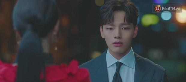 Sợ IU phải trả nghiệp hóa nồi canh gà, Yeo Jin Goo hết mình giúp sếp tích đức trong tập 6 Hotel Del Luna - Ảnh 3.