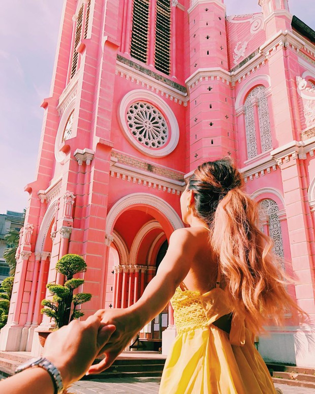 Nhà thờ màu hồng này sắp soán ngôi phố đi bộ và chung cư cà phê để trở thành địa điểm được chụp ảnh nhiều nhất ở Sài Gòn đấy! - Ảnh 21.