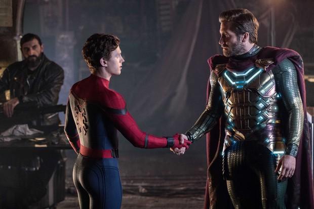 Spider-man: Far From Home – Mê Nhện Tom Holland và mệt vì Jake Gyllenhaal - Ảnh 2.