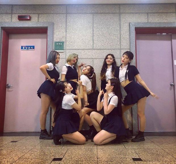 Đợt quảng bá của Somi sai quá sai: Là ca sĩ nhưng bị nhầm thành vũ công vì một chi tiết oái ăm - Ảnh 3.