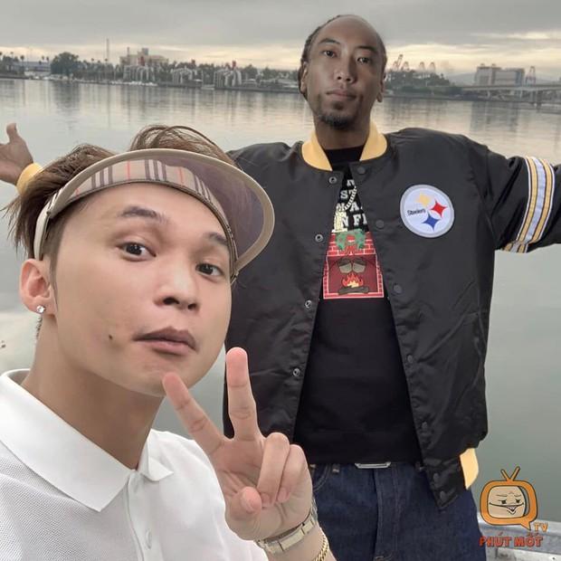 Sơn Tùng M-TP ra mắt MV Hãy Trao Cho Anh, không hiểu vì sao Độ Mixi là cái tên bị troll nhiều nhất làng game! - Ảnh 5.