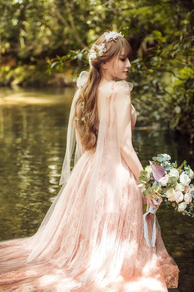 Trọn bộ ảnh cưới đẹp long lanh của Thu Thủy và ông xã kém 10 tuổi trước ngày trọng đại - Ảnh 4.