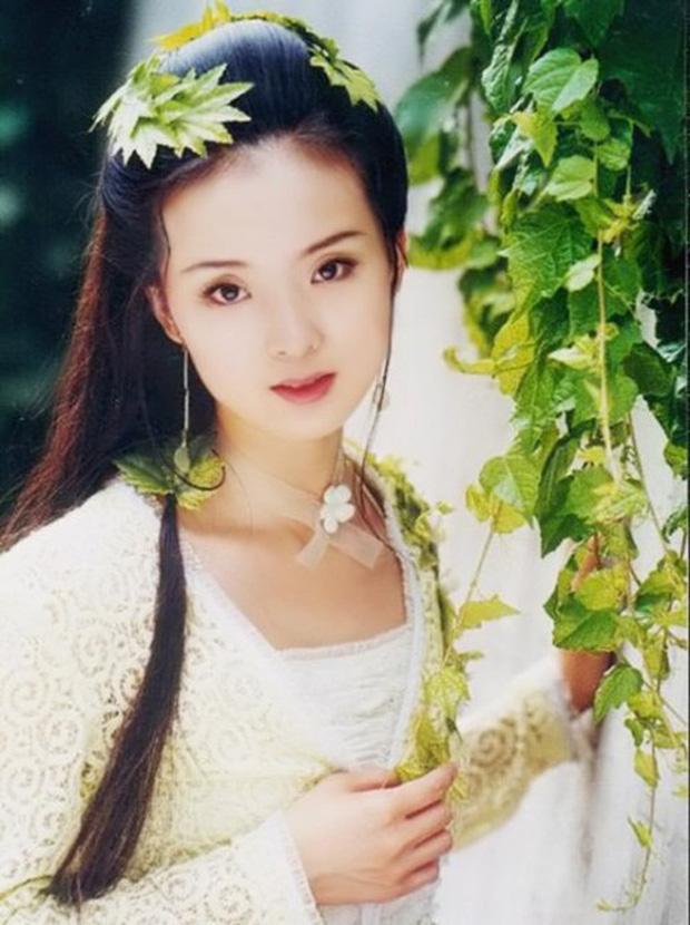 Lại thêm mỹ nhân bị đại gia rởm lừa hôn: Siêu mẫu gốc Việt Lạc Cơ Nhi kết hôn với CEO phá sản hậu ly hôn Lê Minh - Ảnh 7.