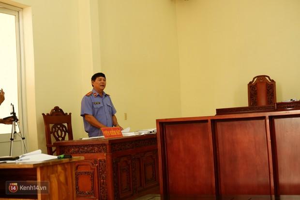 Ông Đặng Lê Nguyên Vũ và bà Diệp Thảo vắng mặt trong phiên họp giải quyết tranh chấp quyền đại diện công ty hoà tan Trung Nguyên - Ảnh 3.