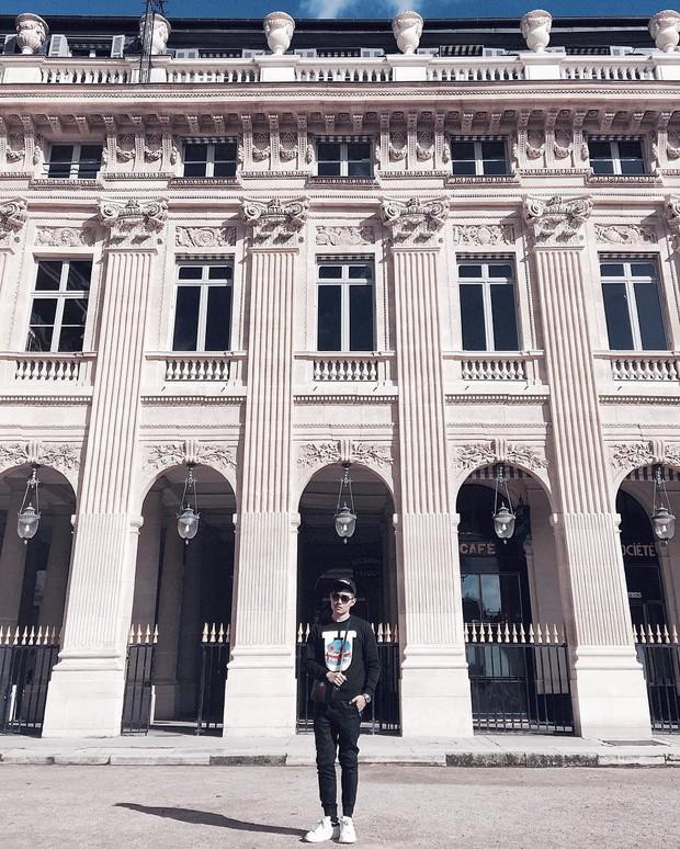 """Jennie (BLACKPINK) đăng hình hoài niệm Paris, ngoài """"dáng đứng Bến Tre"""" fan còn thấy cô ghé qua địa điểm nổi tiếng nhất nhì nước Pháp này - Ảnh 13."""