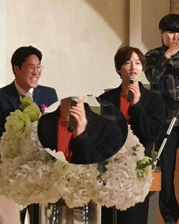 Tìm ra thời điểm Song Song trục trặc: Song Hye Kyo không dự hôn lễ quản lý của chồng, Song Joong Ki đầy khó xử - Ảnh 1.