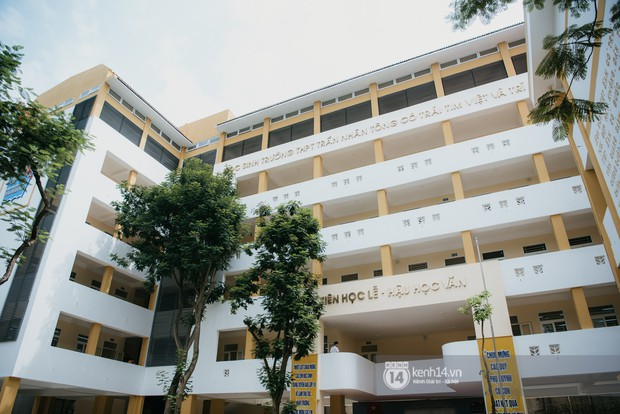 Xuất hiện ngôi trường cấp 3 công lập cao nhất Hà Nội, siêu đẹp và hiện đại với vô vàn góc sống ảo xịn sò - Ảnh 1.