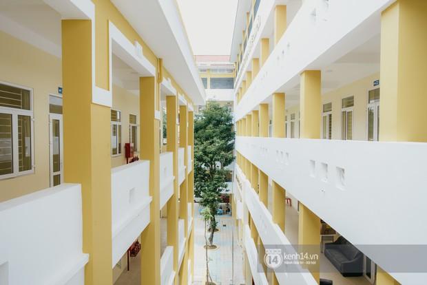 Xuất hiện ngôi trường cấp 3 công lập cao nhất Hà Nội, siêu đẹp và hiện đại với vô vàn góc sống ảo xịn sò - Ảnh 9.